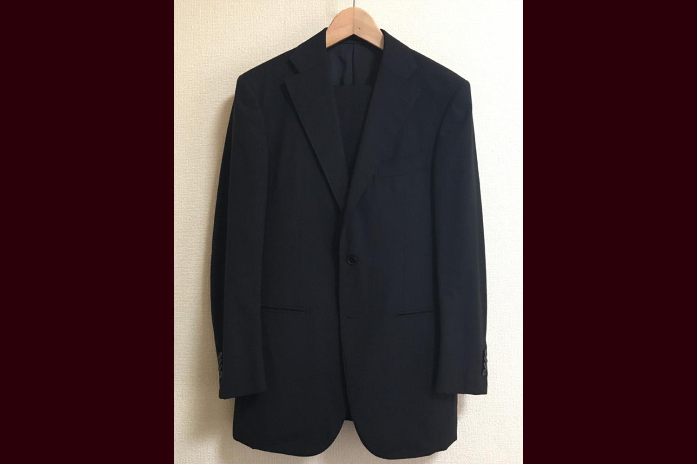 ブラックスーツと「工藤軒」の牛2.5.3