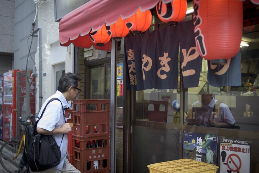 変わりゆく歌舞伎町の、変わらない赤提灯