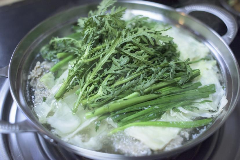 お大師様の裏手で唸る、絶品水炊きチャンコ鍋