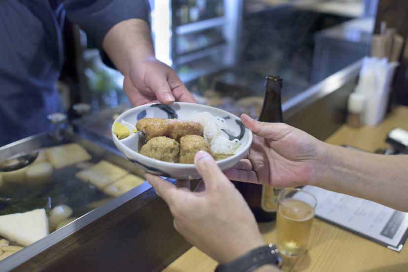 横浜・伊勢佐木町に「渋いおでん屋」がある。
