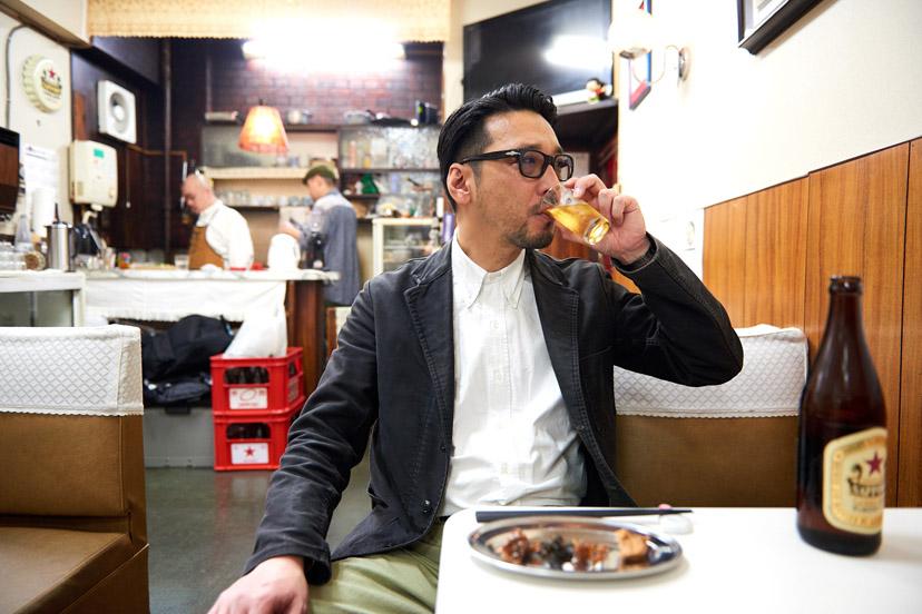 築地場外の昭和喫茶で気絶した海鮮雑煮とは?